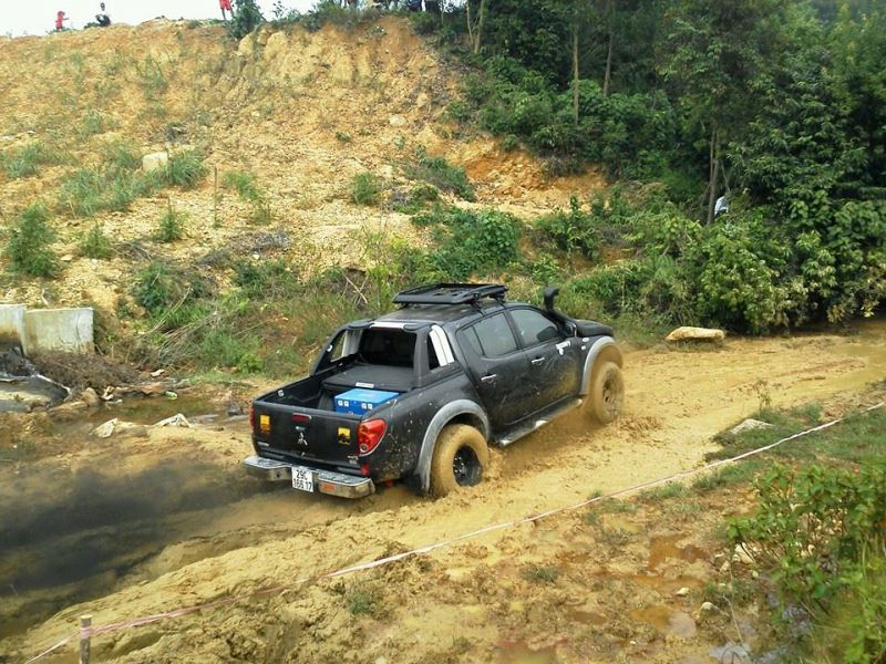4WD Adventure Vietnam - Laos (10)