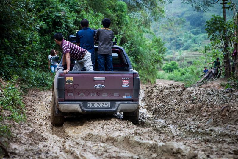 4WD Adventure Vietnam - Laos (9)