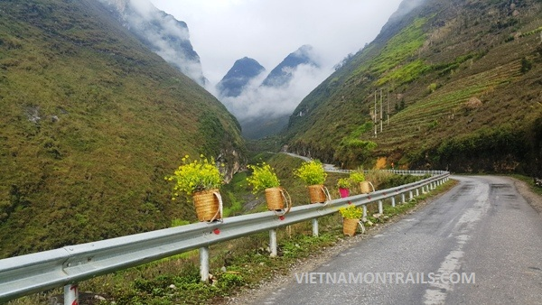 Motorcycle Adventure Tours Vietnam - Motorbike Adventure Trips Vietnam (20)