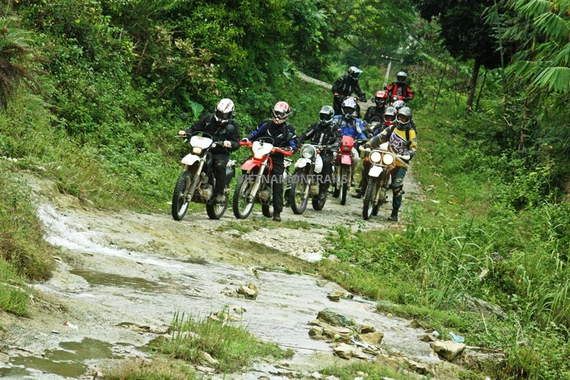 Motorcycle Adventure Tours Vietnam - Motorbike Adventure Trips Vietnam (30)