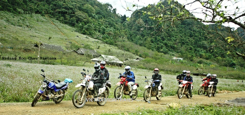 Motorcycle Adventure Tours Vietnam - Motorbike Adventure Trips Vietnam (31)