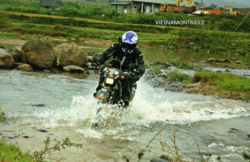 Motorcycle Adventure Tours Vietnam - Motorbike Adventure Trips Vietnam (26)